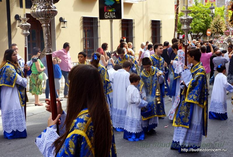 Праздник Девы Марии Розария в Фуэнхироле